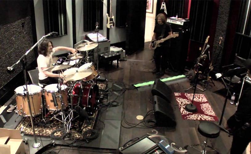 Novo mini-doc de Sabbath em estúdio