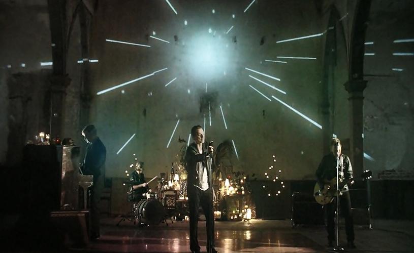 "Depeche Mode divulgam vídeo para ""Heaven"""