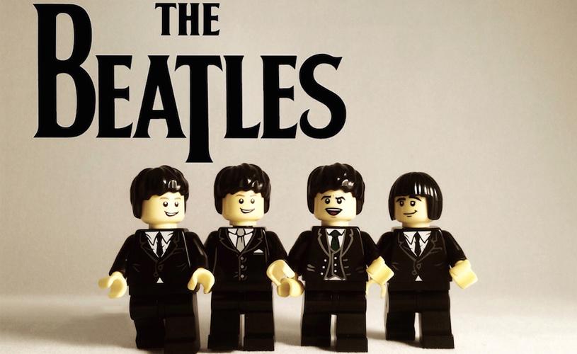 The Beatles, Joy Division, The Smiths e outras bandas em Lego.