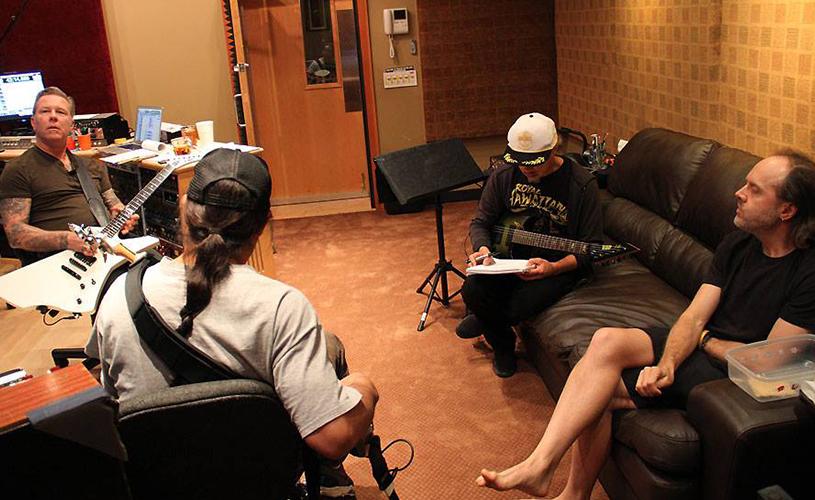 Metallica divulgam versão de estúdio da nova malha