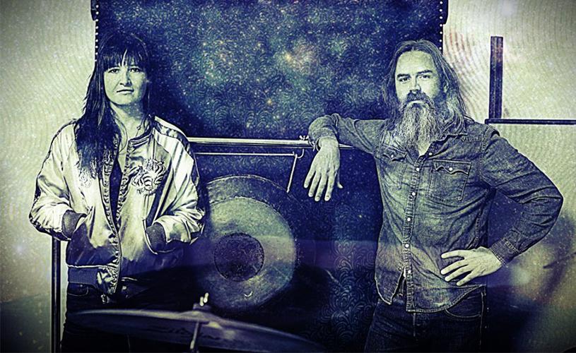 Ouve aqui o novo tema dos Moon Duo