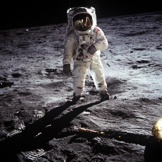 Buzz Aldrin. tripulante da Apollo 11, o segundo homem a pisar a Lua. O astronauta esteve perto de fazer uma digressão com os Hawkwind.