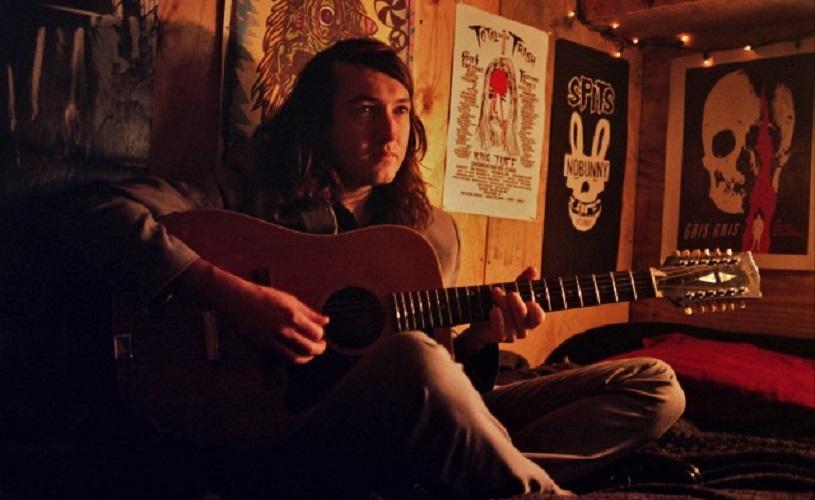 Mikal Cronin lança o terceiro trabalho homónimo