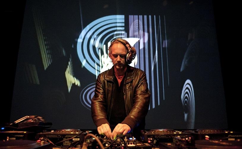 MusicBox recebe Dorfmeister em Março