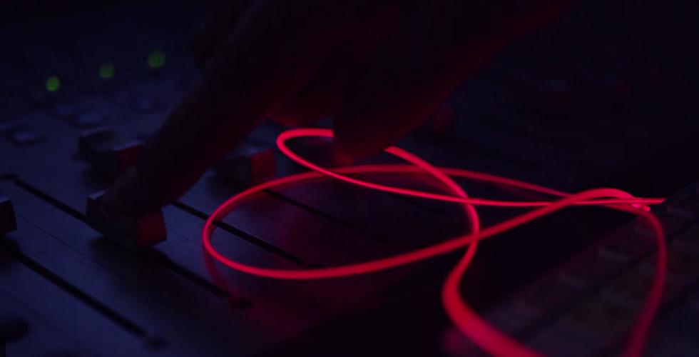 Glow Headphones: os auriculares que brilham