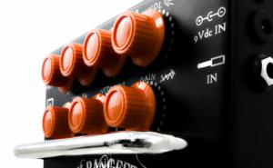 Orange-Bax-Bangeetar-Black-6-675×450