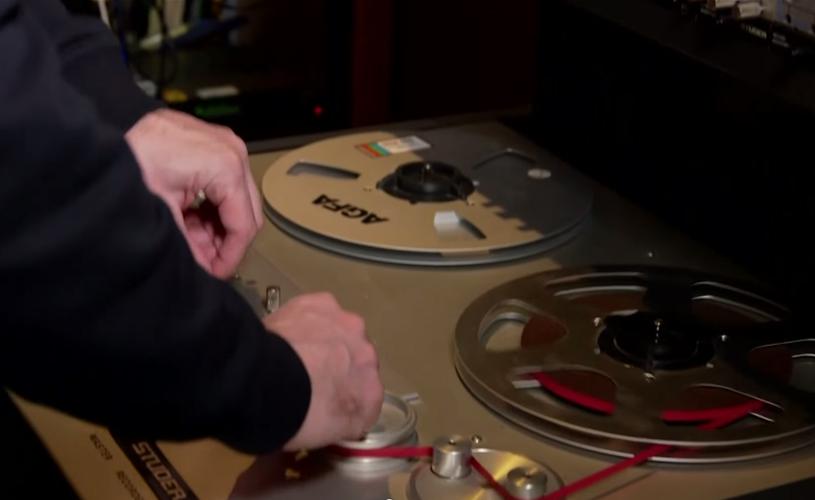 19 discos dos Iron Maiden remasterizados. Vê em vídeo o processo!