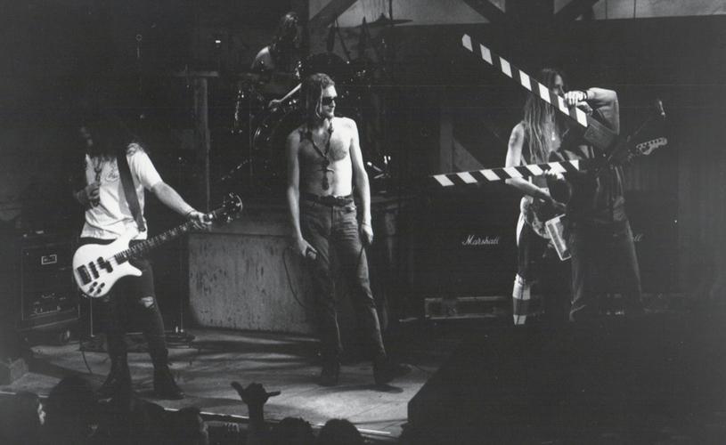 Vídeo inédito: Alice in Chains e Soundgarden ao vivo em Seattle