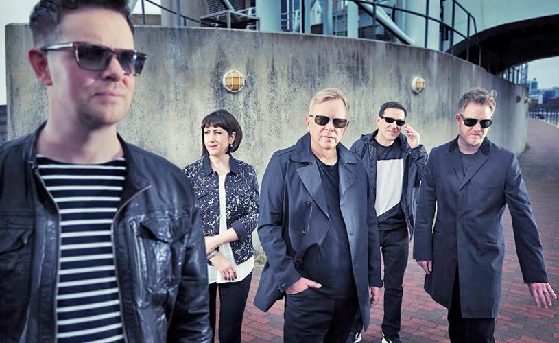 "New Order mostram ""Plastic"""