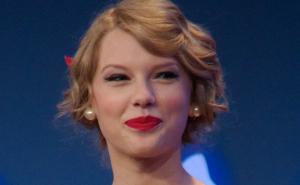 Taylor_Swift_3