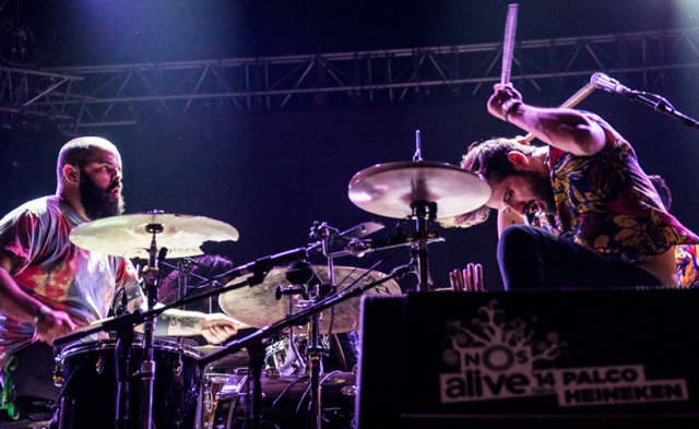 Os Paus vão captar imagens do concerto no JUR para o primeiro vídeo do novo álbum.