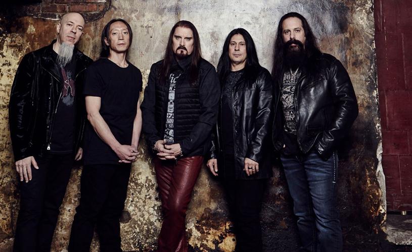 "Dream Theater lançam ""Moment of Betrayal"""