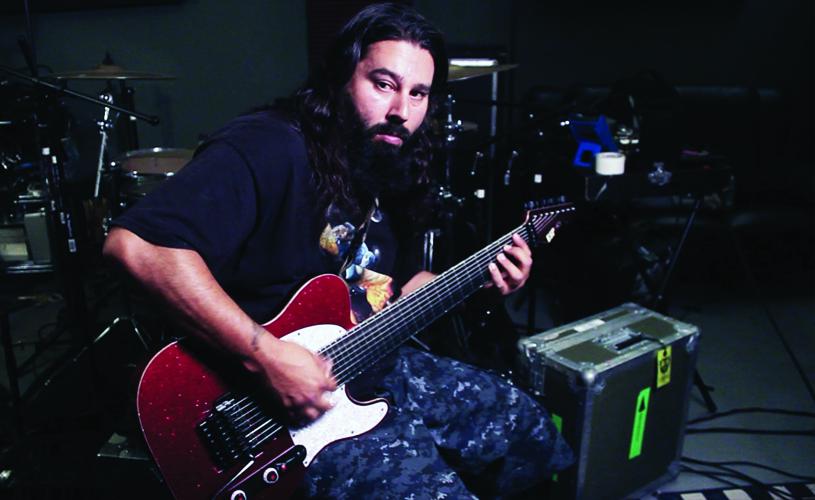 """Guitarrista de Deftones descontente com """"Gore"""""""