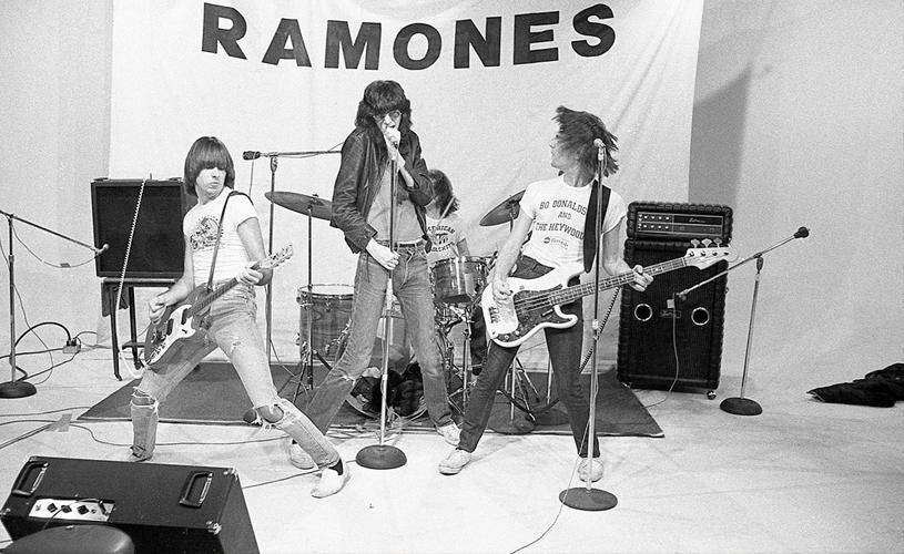 Antigo manager dos Ramones edita livro com fotografias inéditas