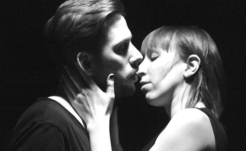 The Body: novo vídeo com beijinhos e amassos