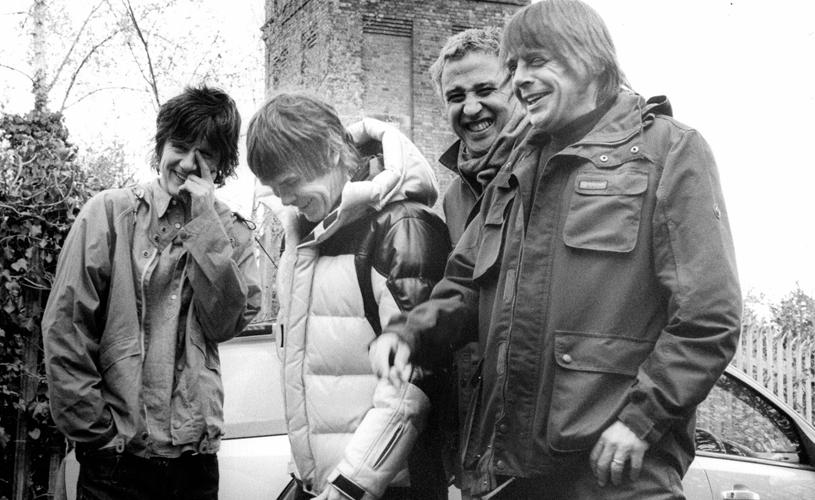 Stone Roses estão de volta com novo single!