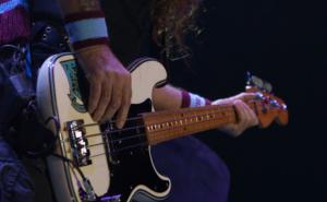 steve harris precision bass detail