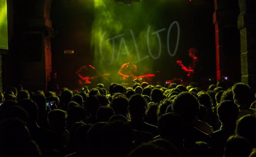 Galgo @ Musicbox: Pensar faz Enobrecer