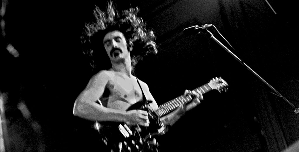 AS10 Zappa-Riffing
