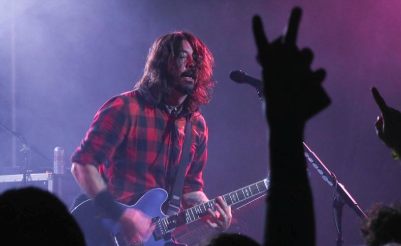 """""""The Sky Is A Neighborhood"""", a nova música dos Foo Fighters"""