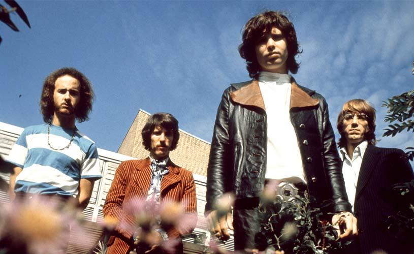 """The Doors: Conhece a versão deluxe do 50º aniversário de """"Strange Days"""""""