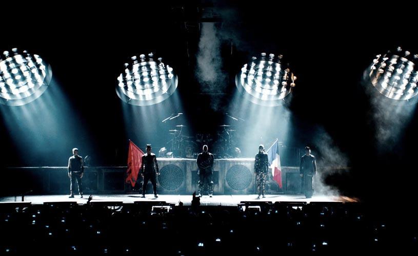 """O filme-concerto """"Rammstein: Paris"""" vai ser exibido no canal ARTE"""