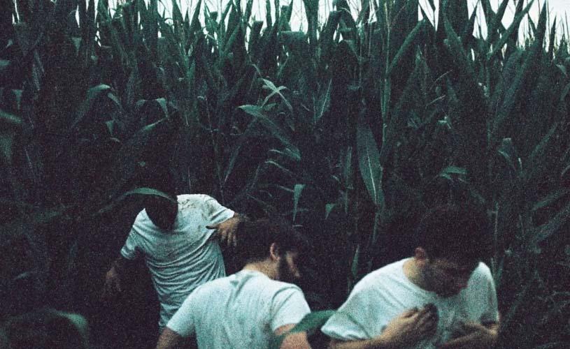 """Whales: """"Ghost"""", a primeira amostra do álbum de estreia"""
