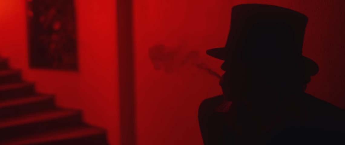 """Dead Combo divulgam vídeo para """"Deus Me Dê Grana"""""""