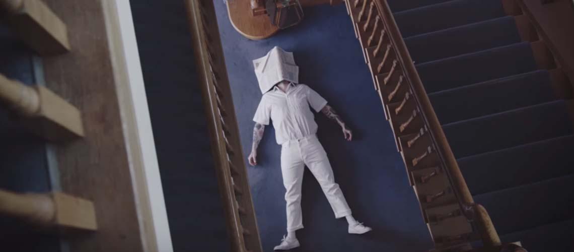 """IDLES lançam novo tema """"Colossus"""""""