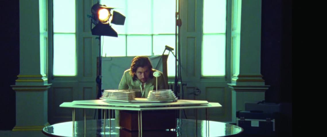 """Four Out of Five"" é o novo single e vídeo dos Arctic Monkeys"