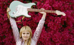 Fender_Player_CG_Lifestyle_70017_LR
