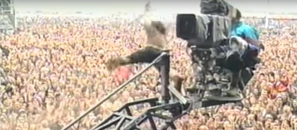 Vedder reencontra-se com cameraman que o ajudou no famoso stage dive de 1992
