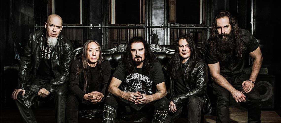 """Fall Into the Light"", a nova de Dream Theater"