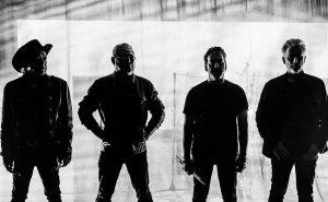 """""""Duro"""", o novo álbum dos Xutos & Pontapés sai a 25 de Janeiro"""