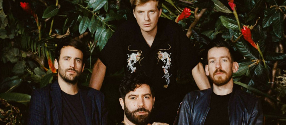 "Foals: Ouve em streaming ""Everything Not Saved Will Be Lost Part 1"""