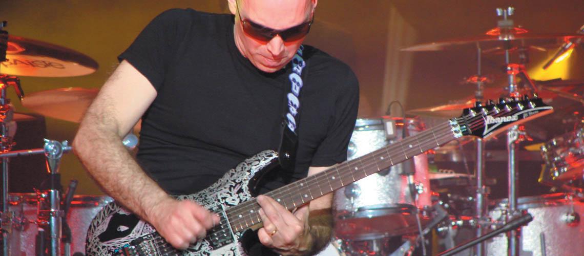 Entrevista: Joe Satriani, o mestre