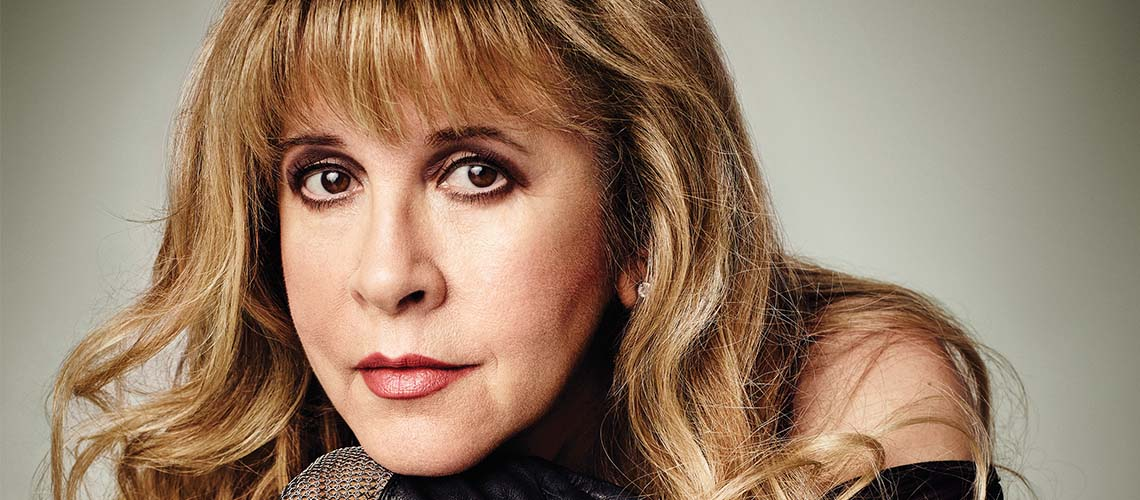 "Stevie Nicks edita três álbuns após nova introdução no ""Rock And Roll Hall Of Fame"""
