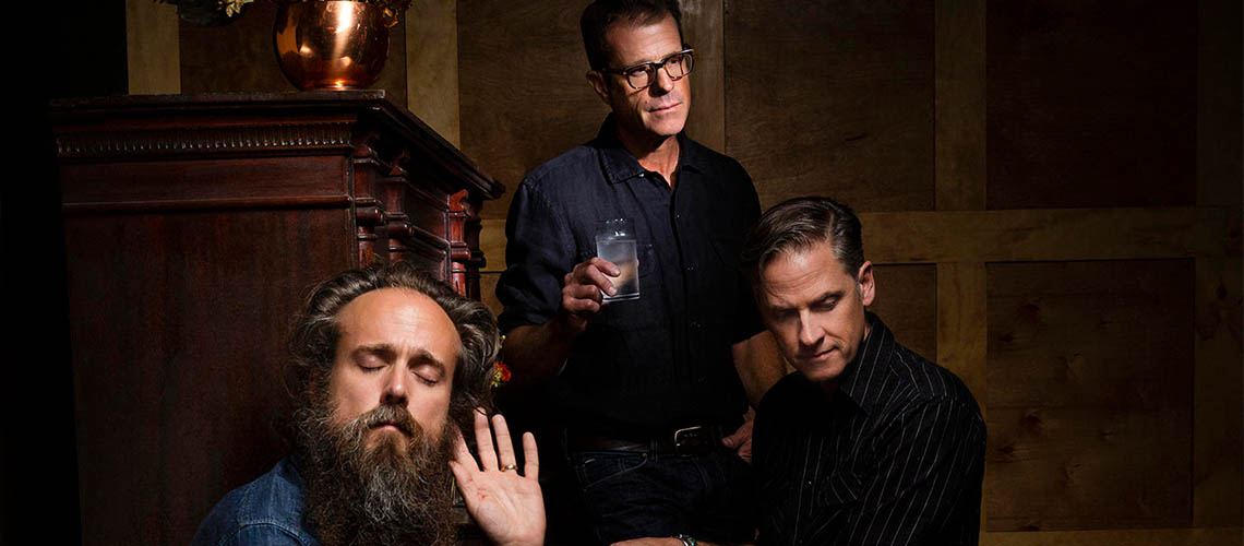 """Father Mountain"", o novo single dos Calexico and Iron & Wine"