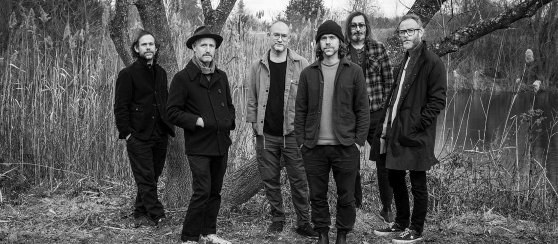 "Ouve o novo single dos The National, ""Light Years"""