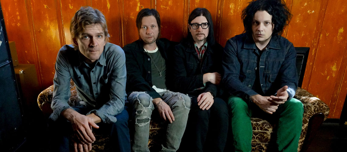 """Help Us Stranger"" é o novo álbum dos The Raconteurs"
