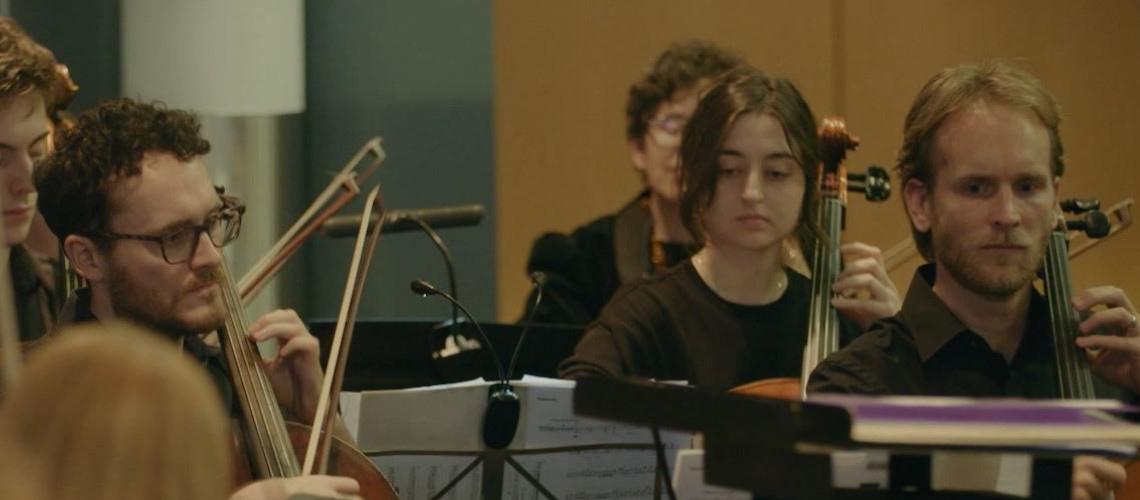 British Airways Orchestra recria famoso tema da ópera Lakmé para assinalar centenário