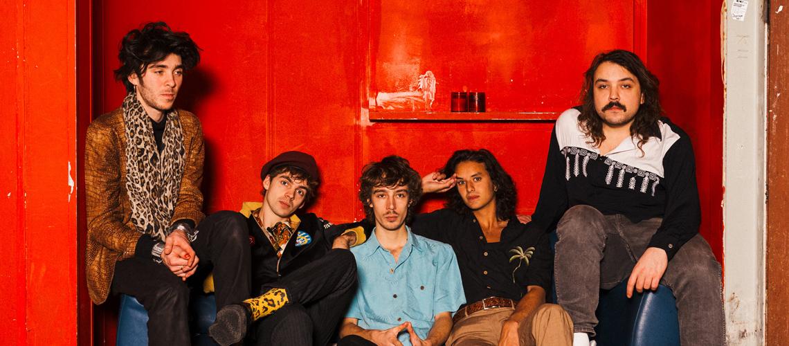 The Mauskovic Dance Band apresentam disco de estreia em festa de sons vibrantes