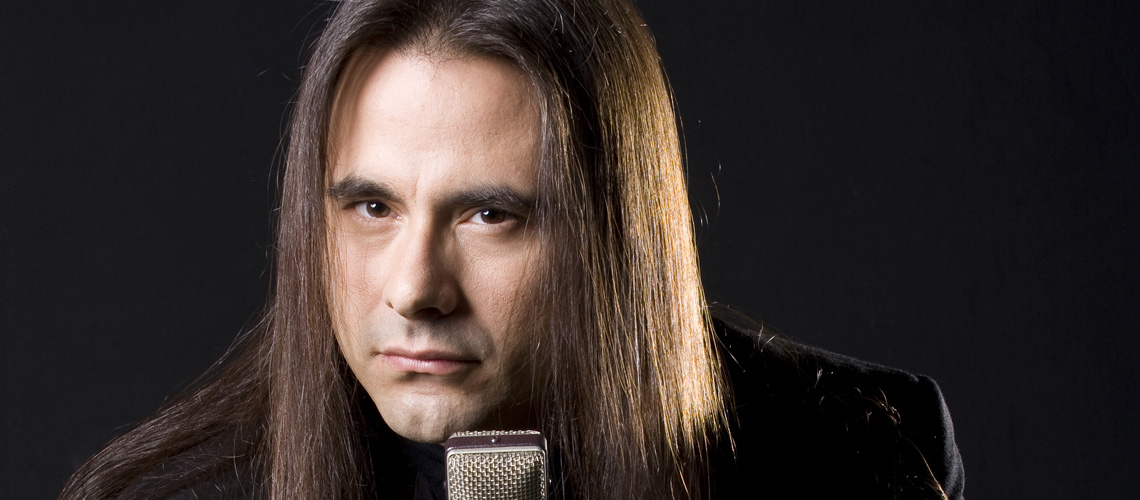 R.I.P. André Matos, ex-vocalista e fundador do Angra