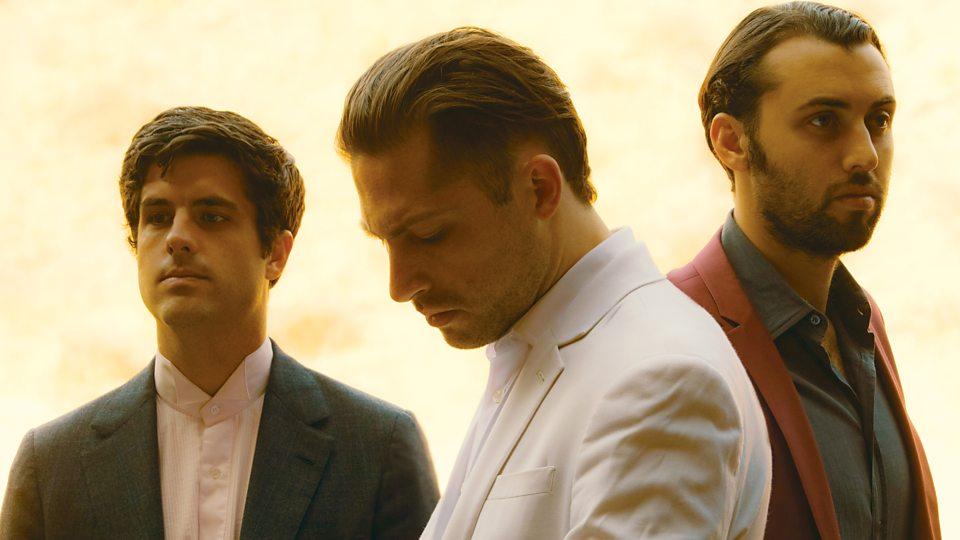 Miles Kane e Mini Mansions, com baixista de QOTSA, fazem o aquecimento para Muse