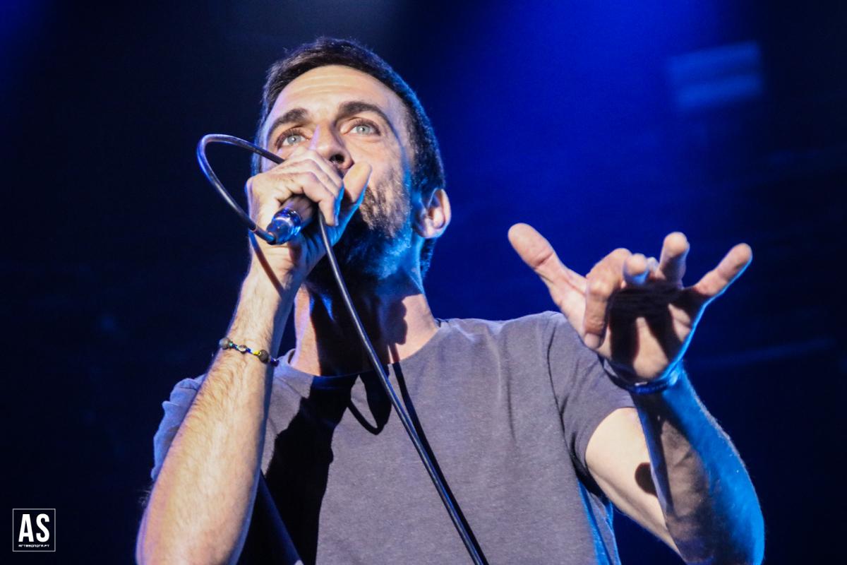 Manel Cruz escreve canção de protesto dos trabalhadores da Casa da Música