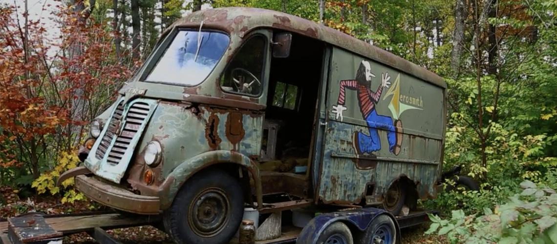Aerosmith reecontram carrinha utilizada pela banda nos anos 70