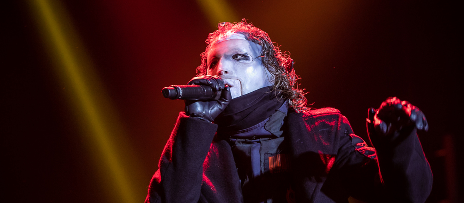 """Are You Ready"" para a estreia do vocalista dos Slipknot a solo?"