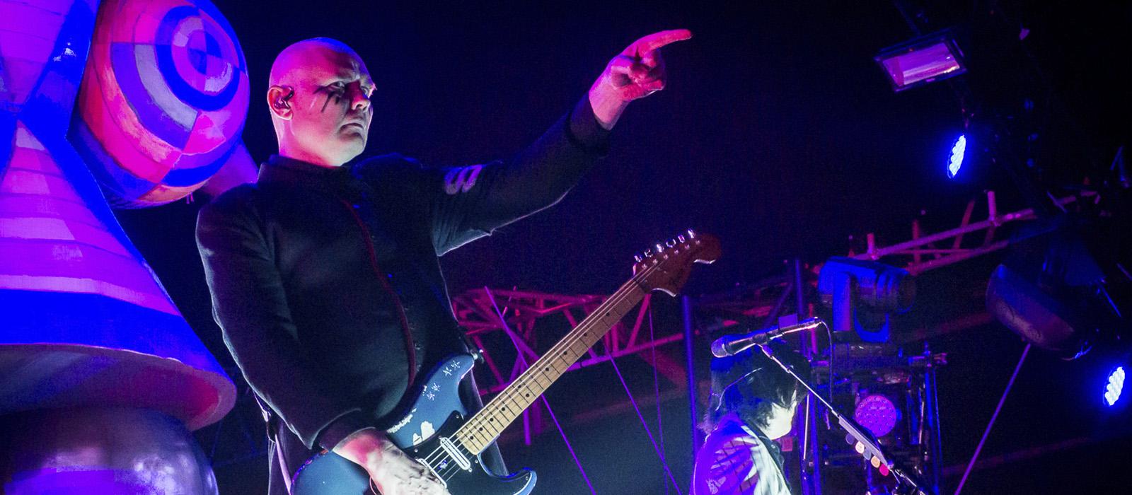 Smashing Pumpkins: Vê aqui o concerto do NOS Alive na íntegra.