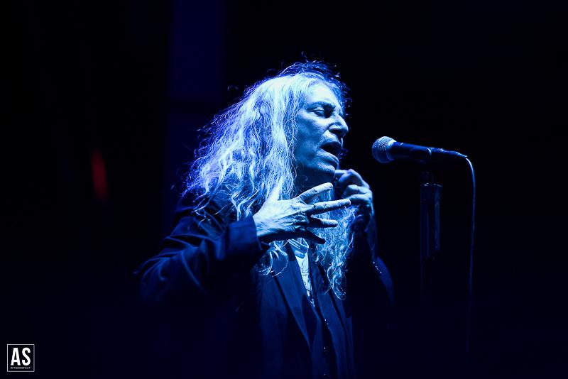Patti Smith Comemora Mais Um Aniversário Em Palco Com Transmissão Online