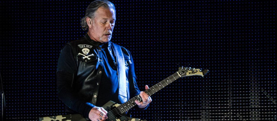 James Hetfield entra novamente em reabilitação. Metallica cancelam tour.